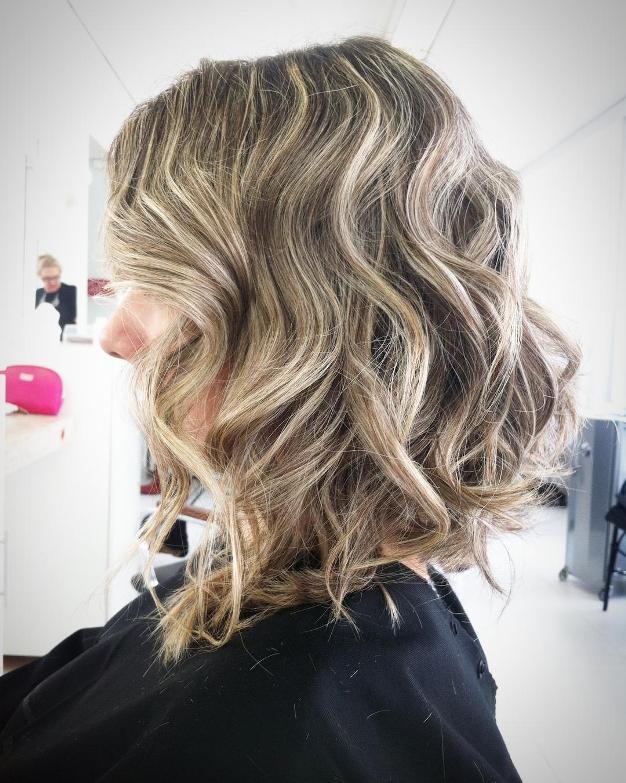 curly lob hair cut