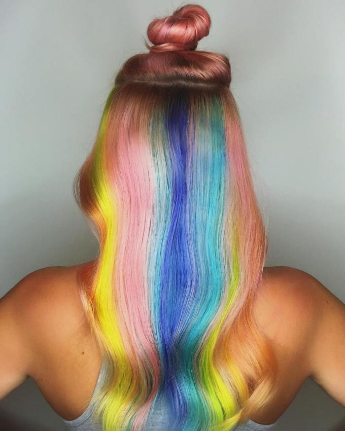 amazing hidden rainbow hair idea